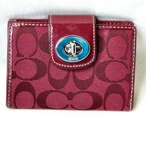 Coach bi fold wallet maroon great condition